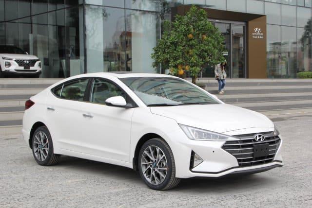 Ngoại thất Hyundai Santafe 2021