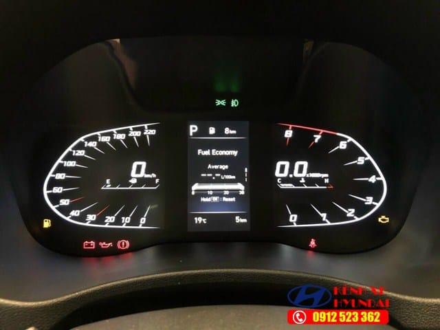 Màn hình kỹ thuật số Hyundai Accent