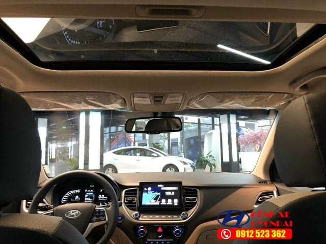 Cửa sổ trời Hyundai Accent