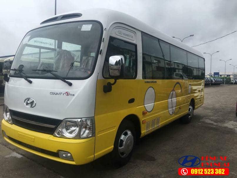 Hyundai County Thân dài Đồng vàng màu vàng trắng