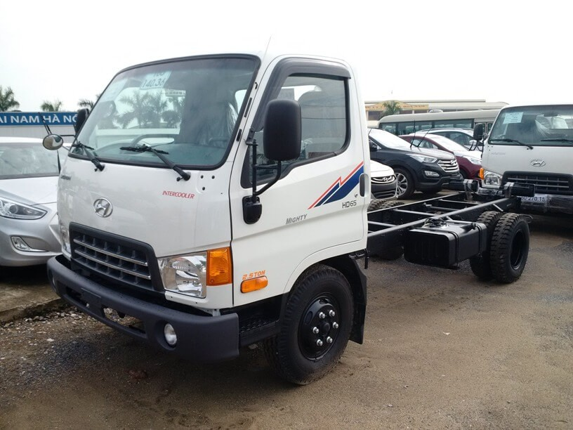xe-tai-hyundai-hd65-1