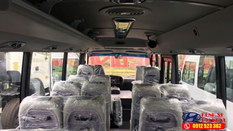 Nội thất Hyundai County Thân dài Limousine