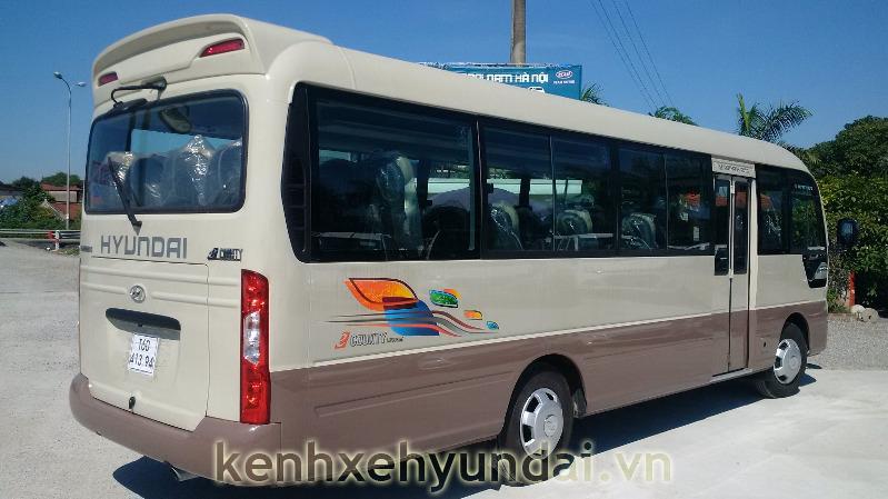 ngoai that hyundai county xl 6