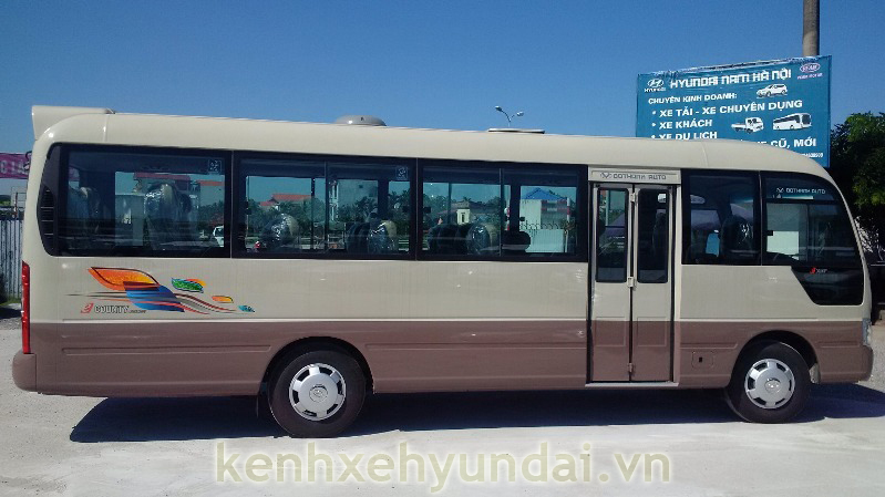 ngoai that hyundai county xl 7