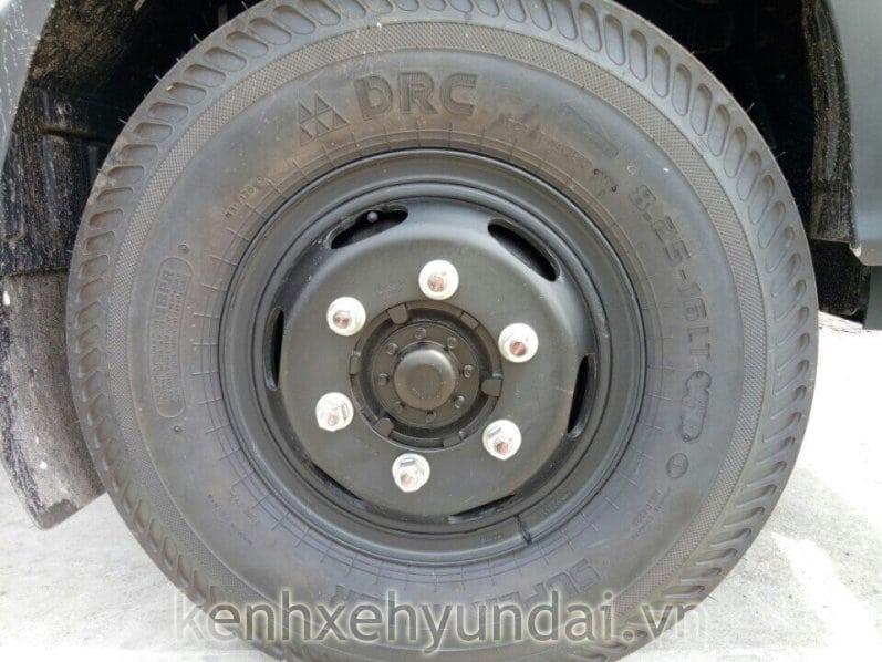 lop-xe-8-tan-hyundai-hd120s-3