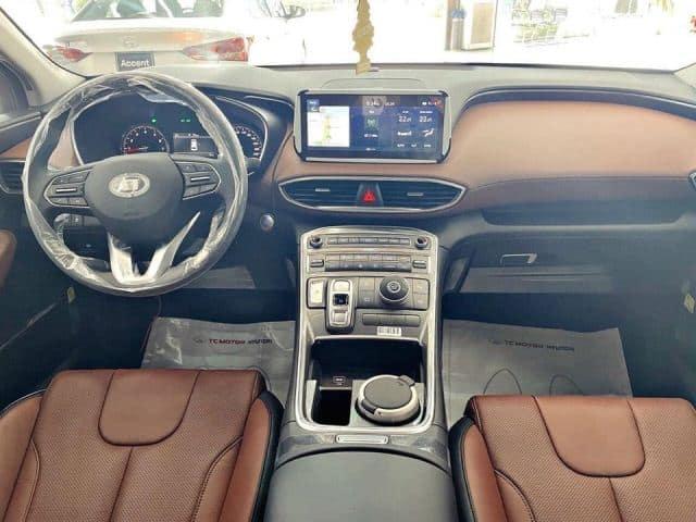Nội thất Hyundai Santafe Tiêu chuẩn