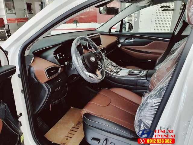 Nội thất Hyundai Santafe xăng đặc biệt