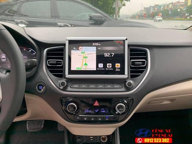 Tap lô Hyundai Accent đặc biệt