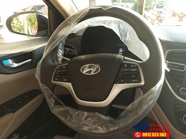 Vô lăng Hyundai Acent đặc biệt