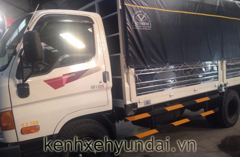 xe-tai-hyundai-hd120s-mui-bat