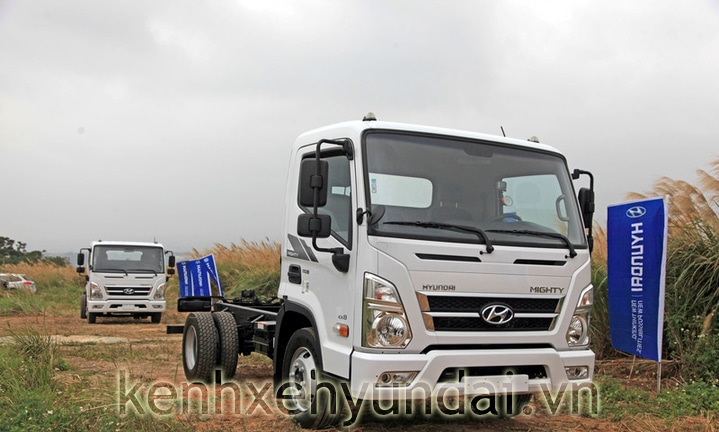 hyundai-mighty-ex8