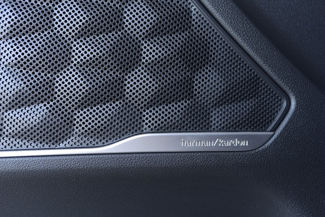 Loa Harman Kardon Hyundai Santafe 2021