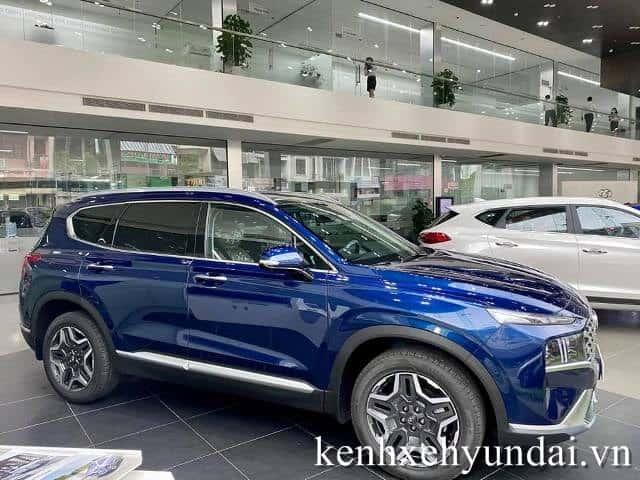Thân xe Hyundai Santafe màu xanh