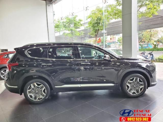 Thân xe Hyundai Santafe xăng cao cấp