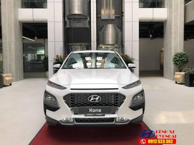 Mặt ca lăng Hyundai Tucson 2021