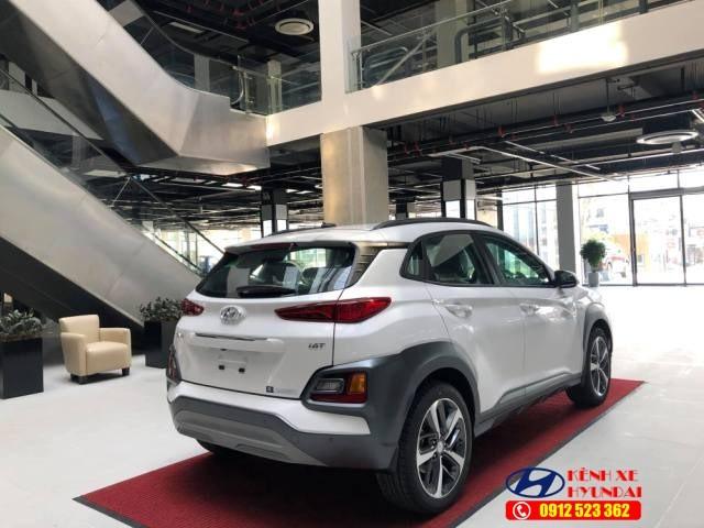 Đèn hậu LED Hyundai Kona 2021