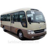 Xe khách 29 chỗ Hyundai County Thân Dài Đồng Vàng Kính Liền