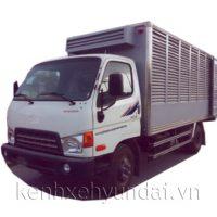 Xe tải Hyundai HD700 Đồng Vàng chở gà, chở gia cầm 6,8 tấn